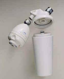 aquasana shower filter aq 4100 two stage shower filter for clean shower water. Black Bedroom Furniture Sets. Home Design Ideas